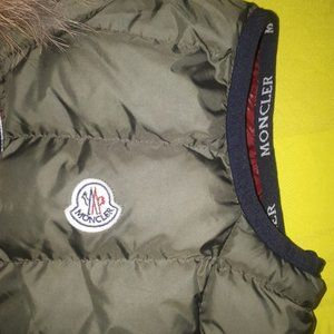 MONCLER WOMEN GREEN FOUNTAIN VEST